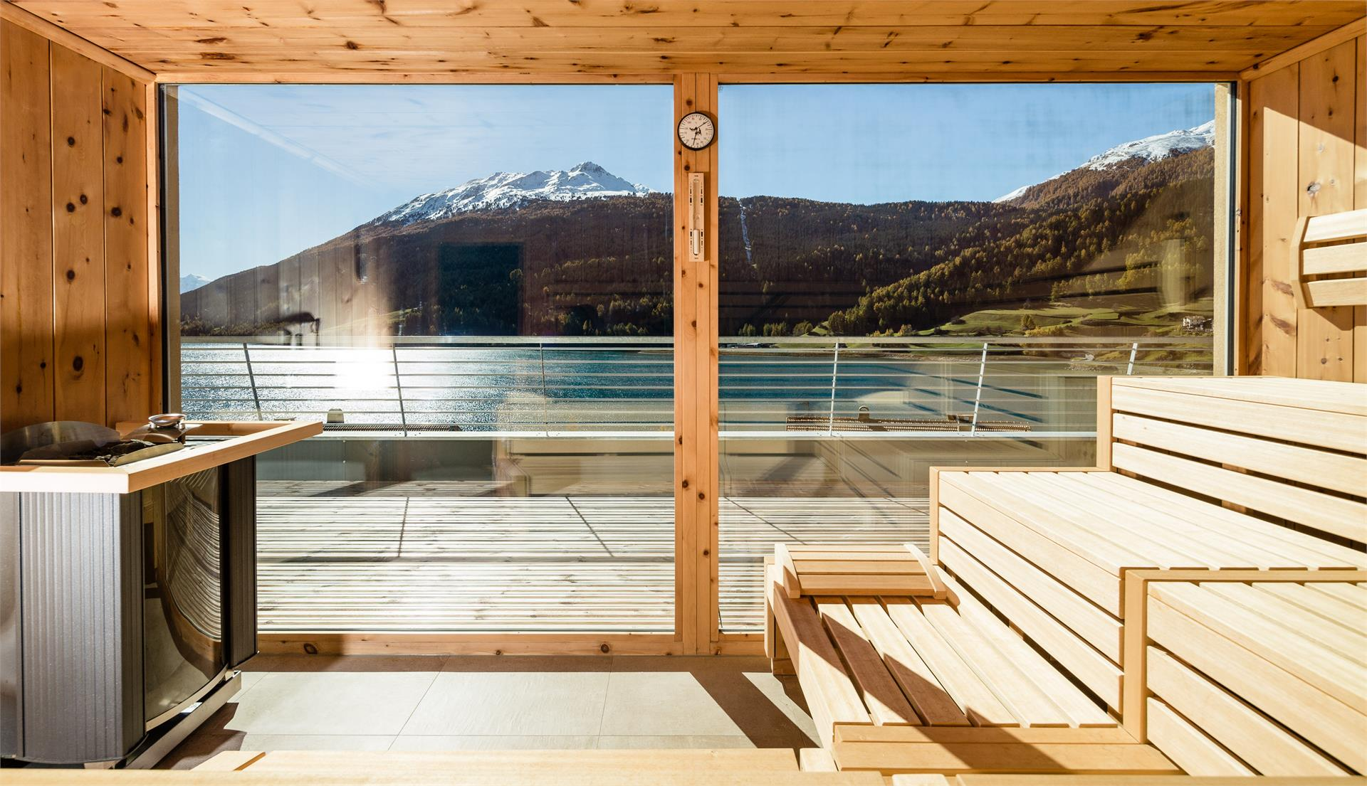 Bio Zirm Panorama Sauna con view on the lake resia and the king Ortler