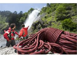 Abseil and climbing tour at the waterfall of Parcines/Partschins