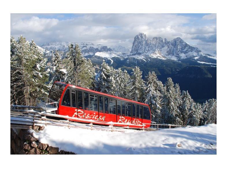Funicular railway Rasciesa Winter