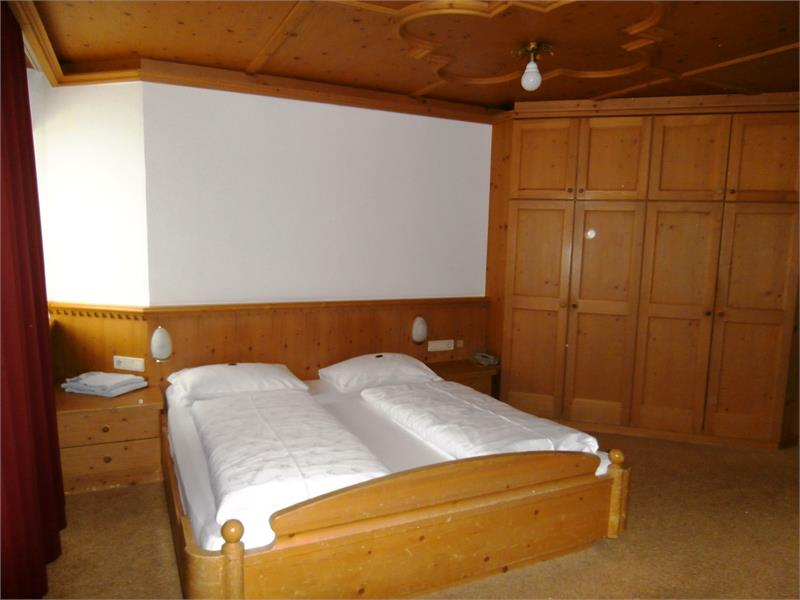2-3 persons double room with 1 extra bed