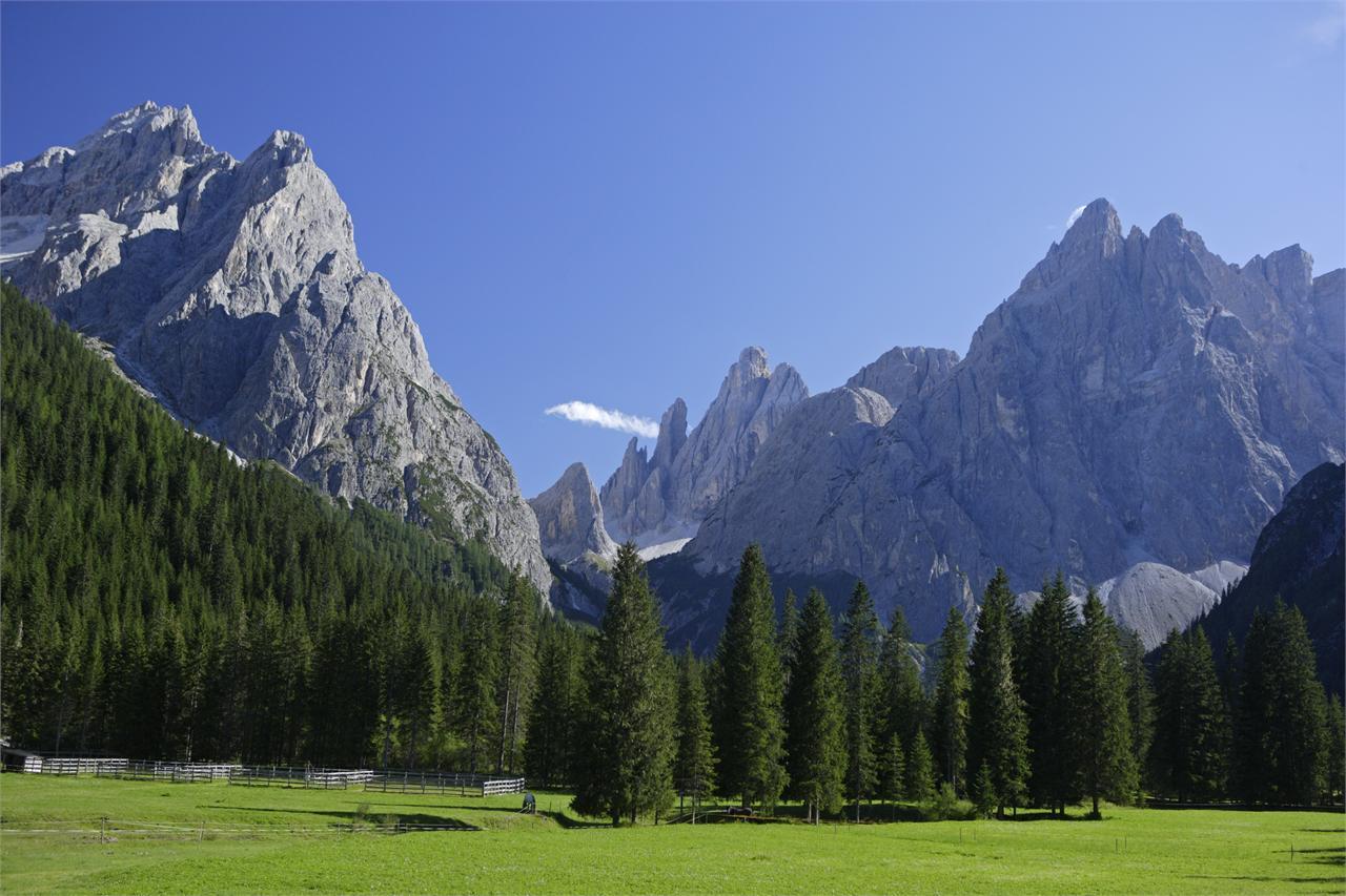 Family Hike: Moso – Fischleintal Valley – Talschlusshütte Hut