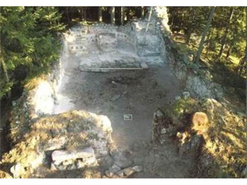 Ruine St. Valentin