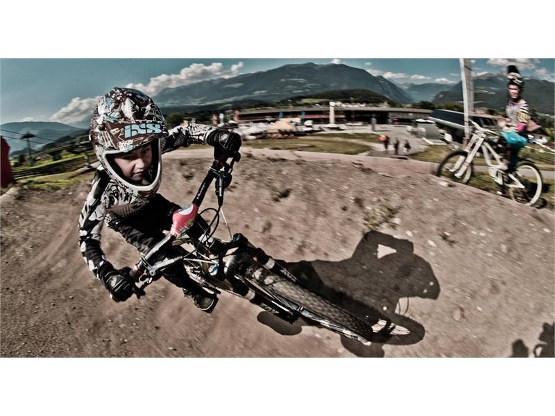 Outdoor Center Kronplatz - Bike Downhill
