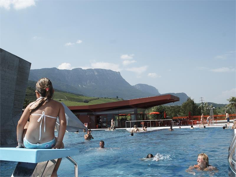 Swimming pool LIDO at lake Kaltern