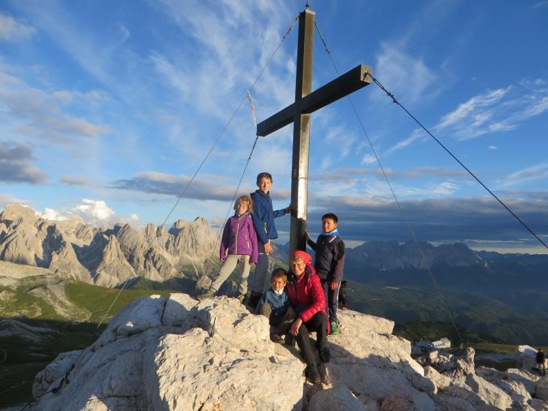 Am Gipfelkreuz des Schlern- Schantlhof, Völs am Schlern