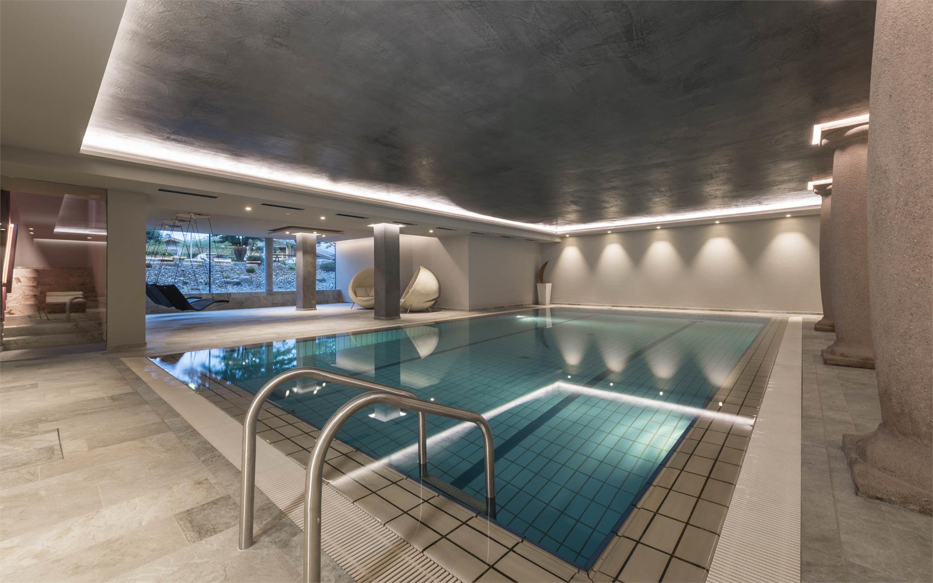 Indoorpool 7 x 12 m