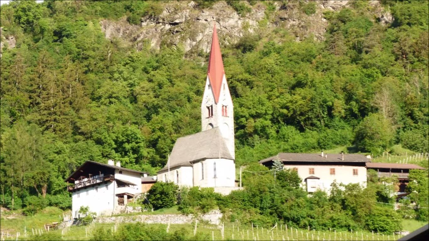 Church St. Peter in San Pietro Mezzomonte/Schrambach
