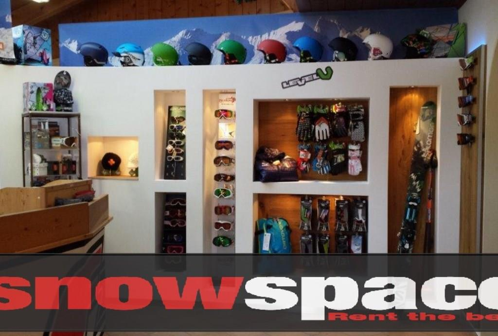 Ski rental Snowspace
