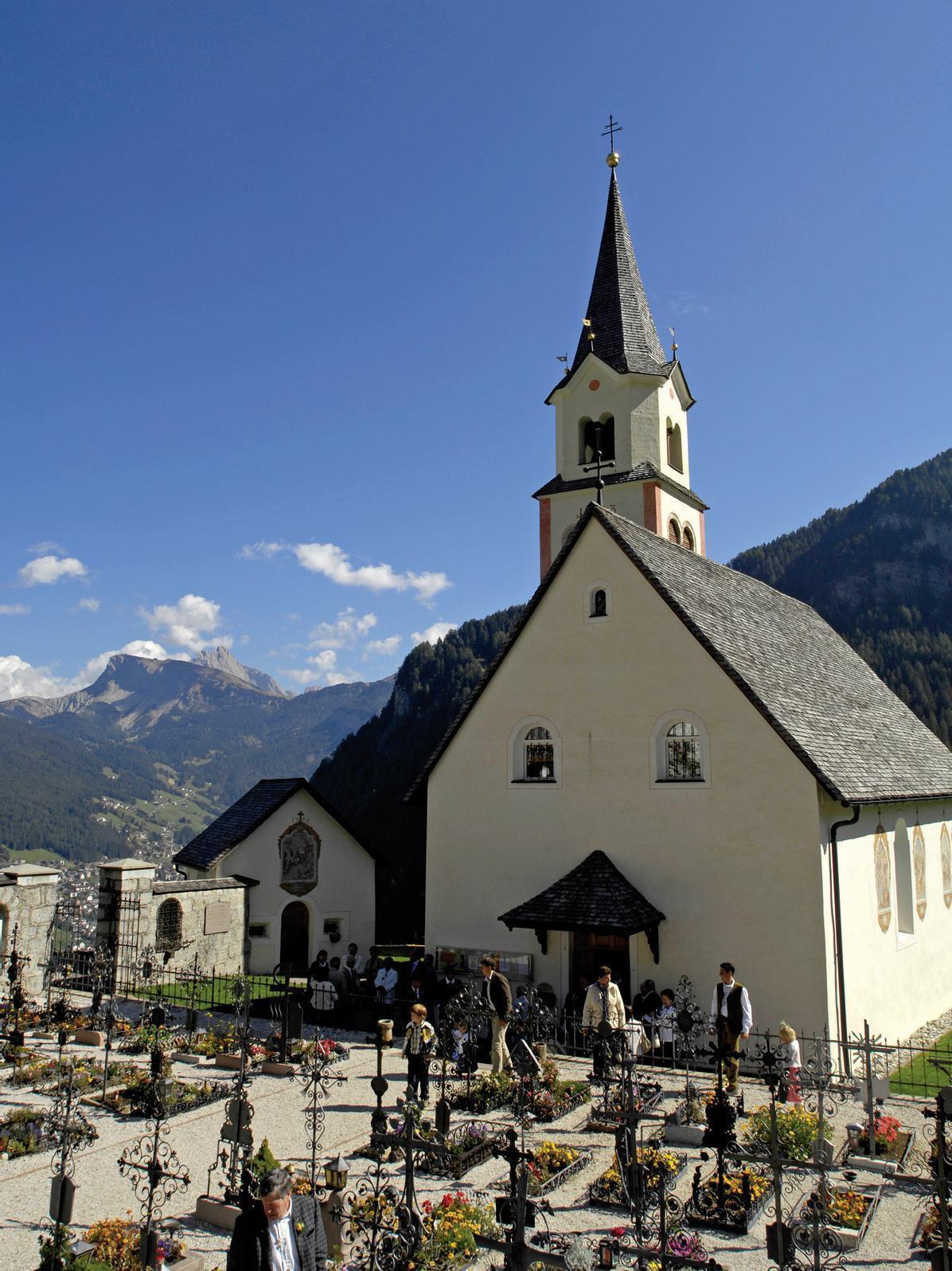 Pufels/Bulla Parish Church