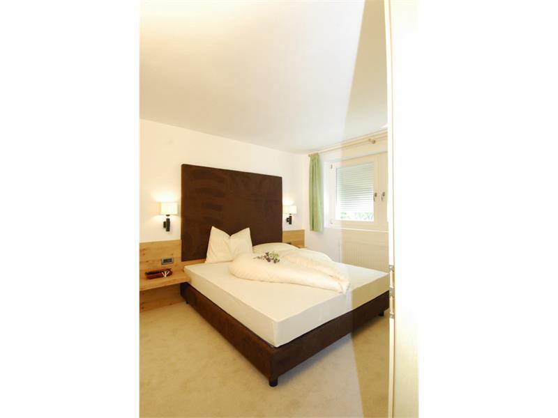 Bedroom App. Wild oak