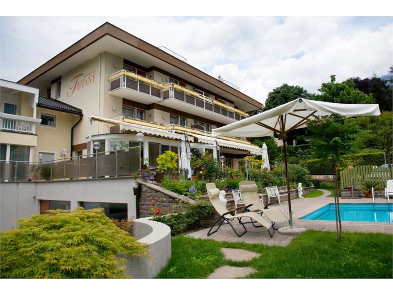 Ansicht des Hotel Tiffany vom Garten