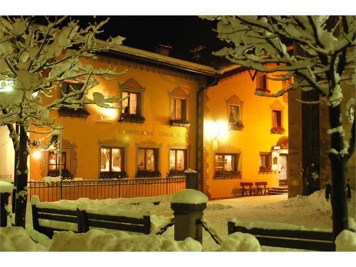 Hotel Goldenes Rössl - Dorfplatz Kastelruth