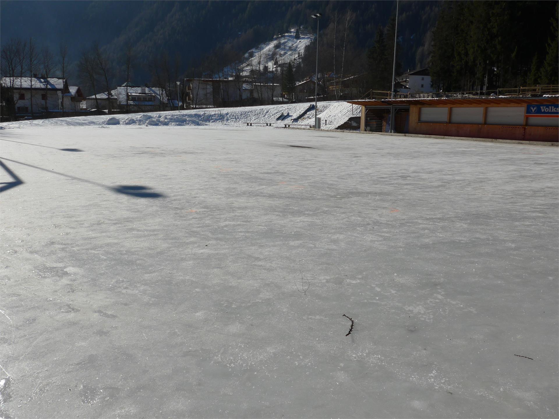 Eisplatz Luttach