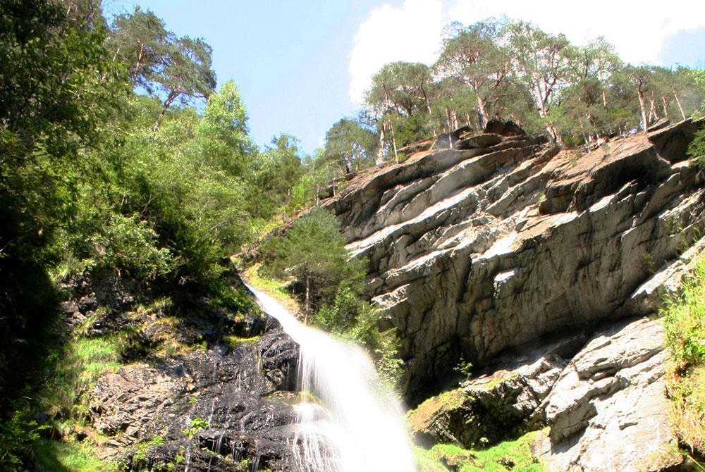 Wasserfall Pojen