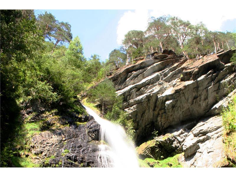 Pojen waterfall