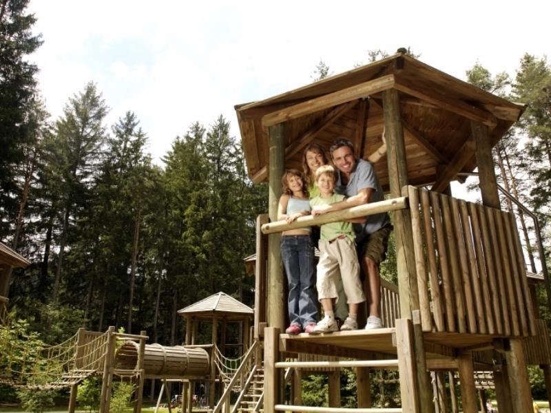 Playground for childen - Gisser