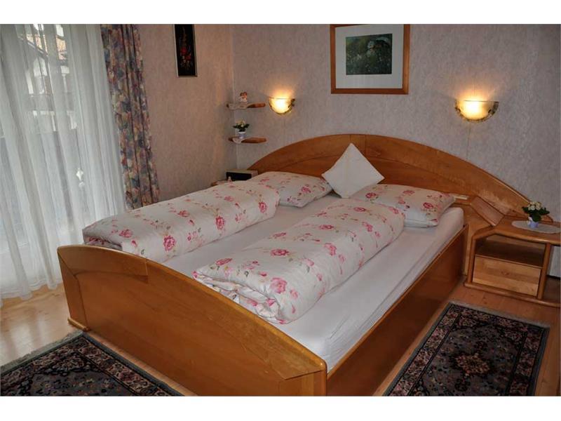 Haus Monika - Ferienwohnung 1. Stock - Schlafzimmer