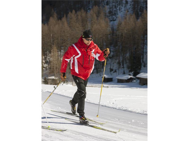 Ski rental company Grogg