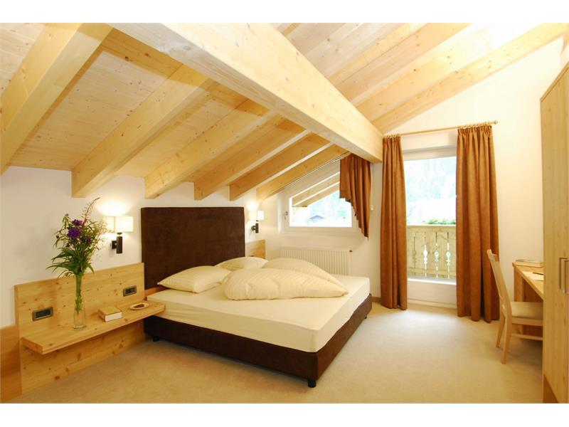 Bedroom App. Larch