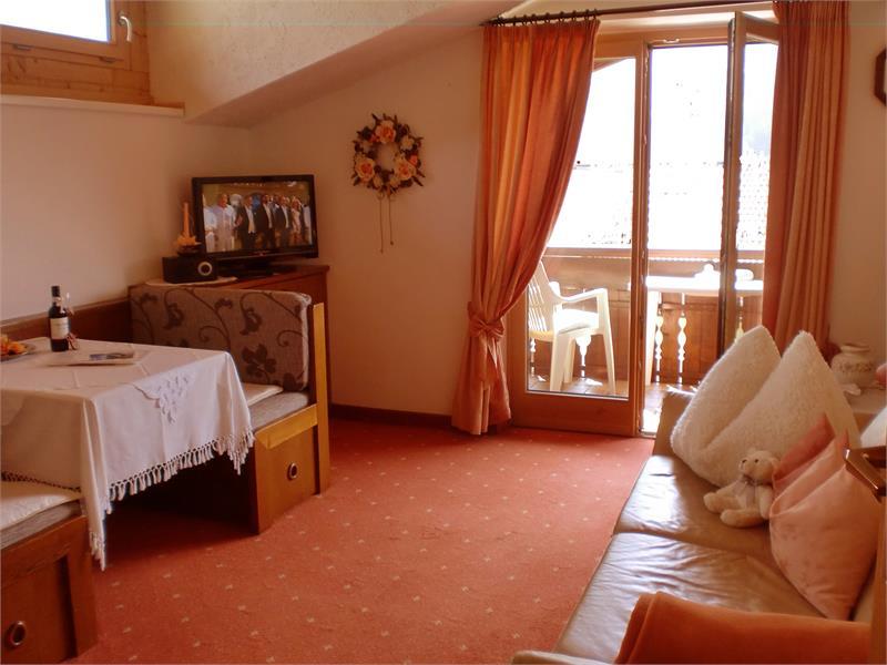 livingroom nr 4