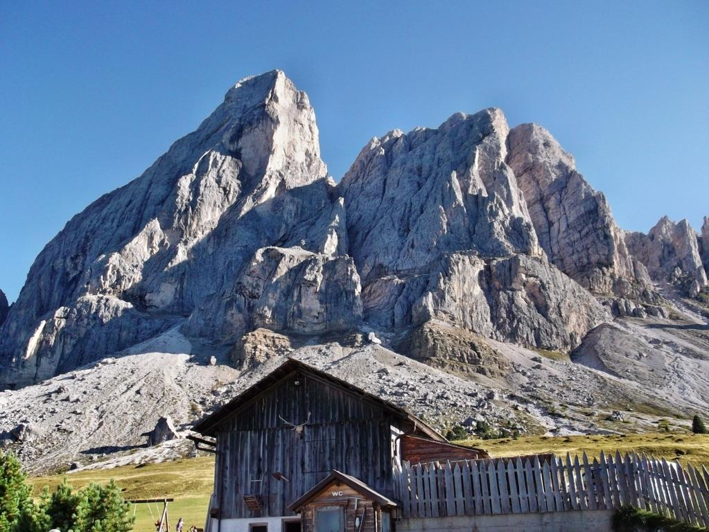 Summer hike: Passo delle Erbe - Forcella di Putia