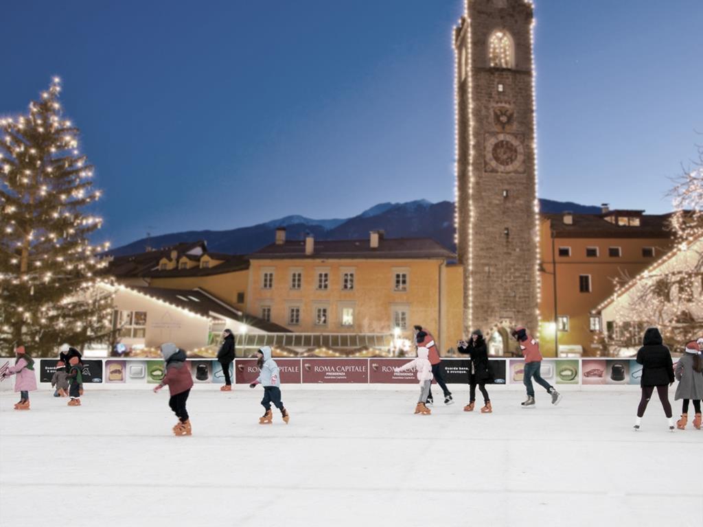 Ice rink Piazza Città