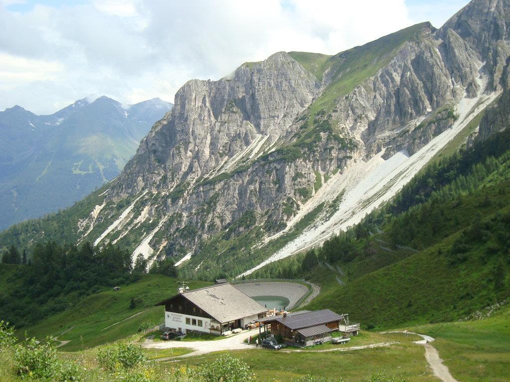 Al Rifugio Stella Alpina