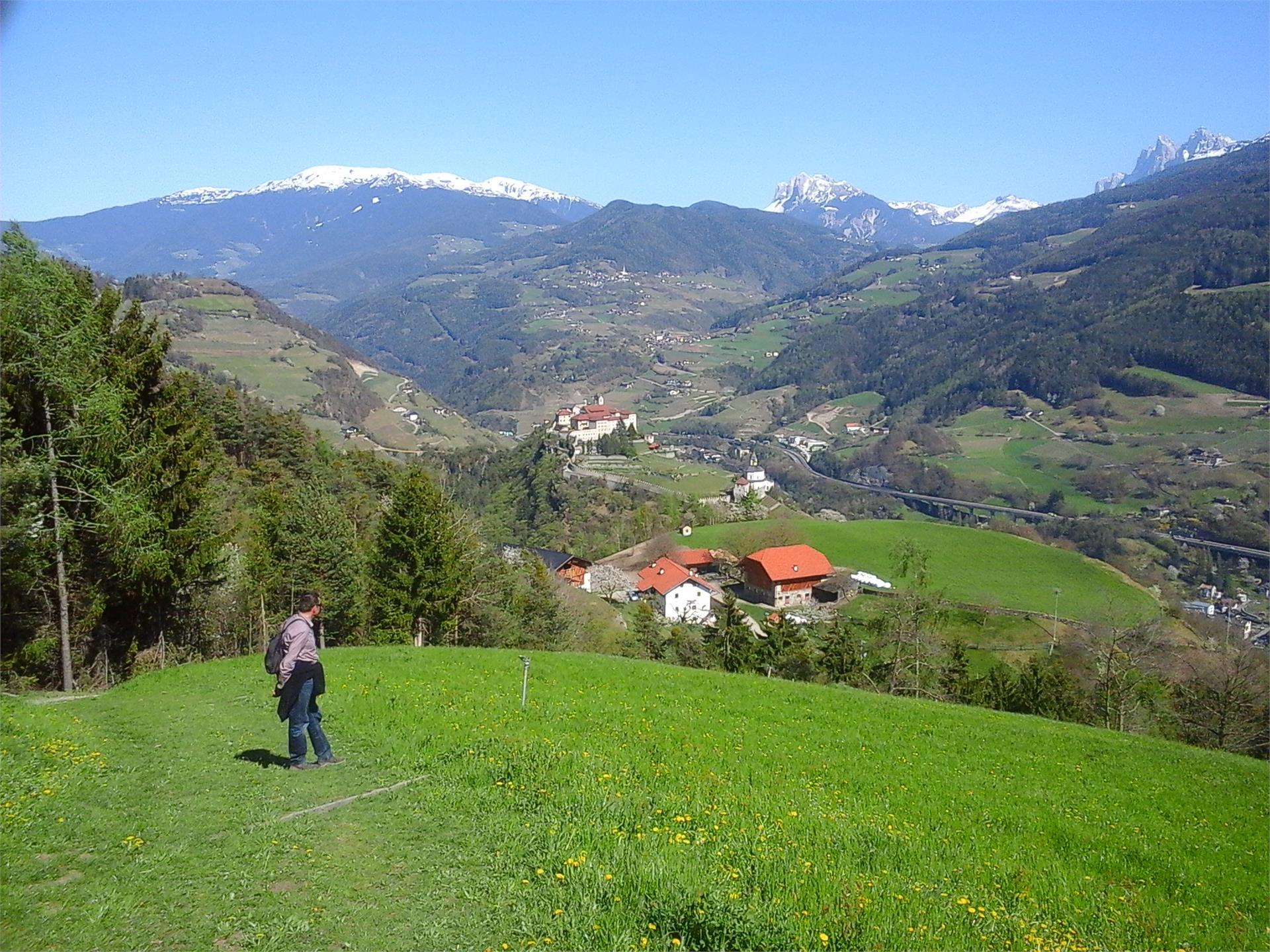 Blick zum Kloster Säben