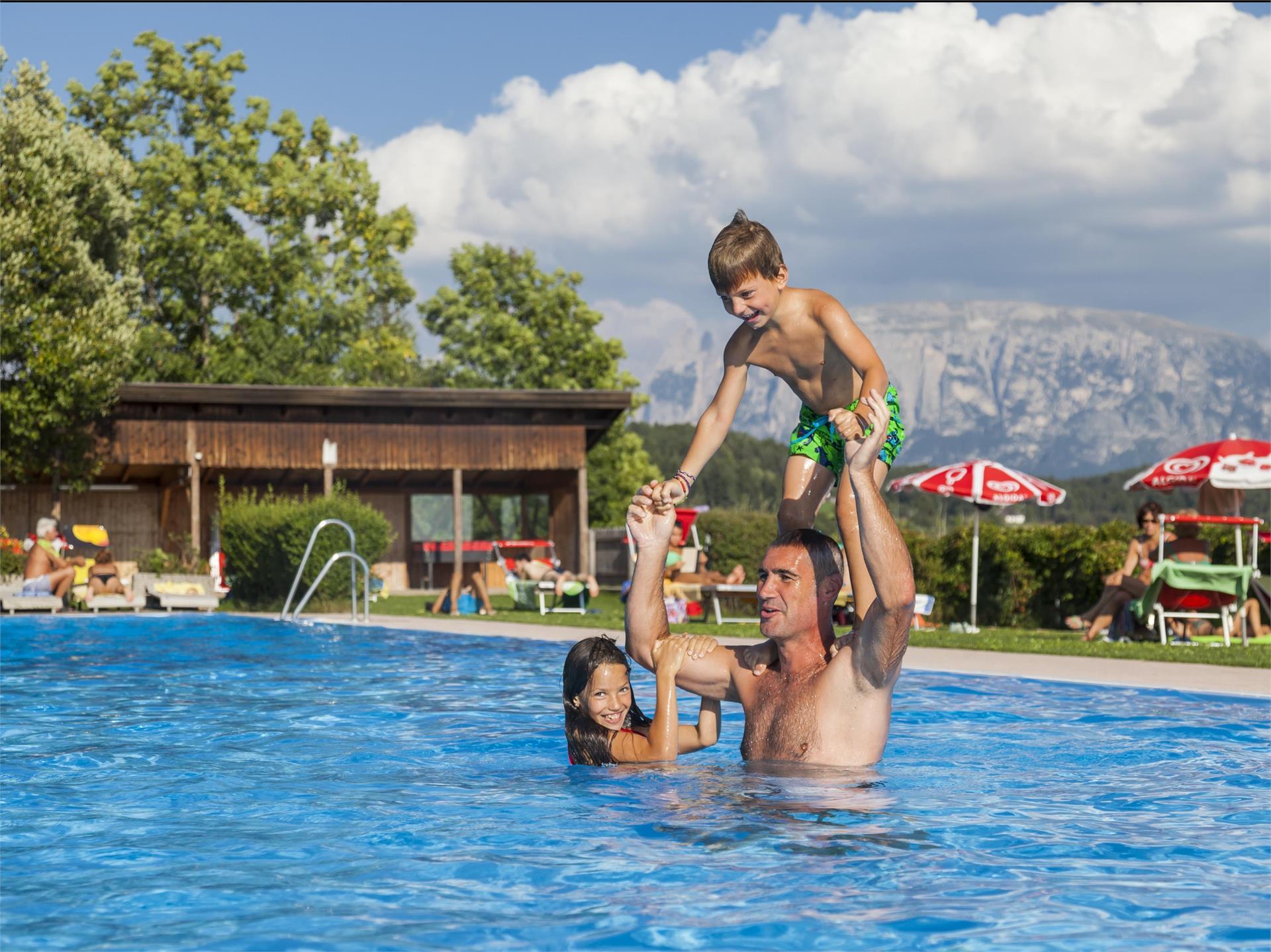 Schwimmbad Oberbozen