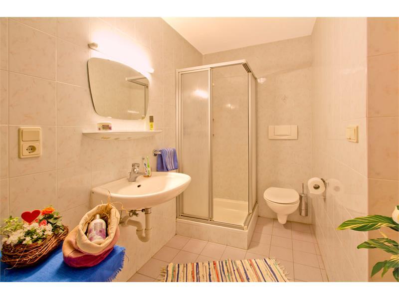 Badezimmer in der Ferienwohnung A - Eggerhof in Vöran