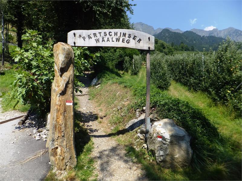 Il sentiero delle Leggende - Sagenweg di Parcines