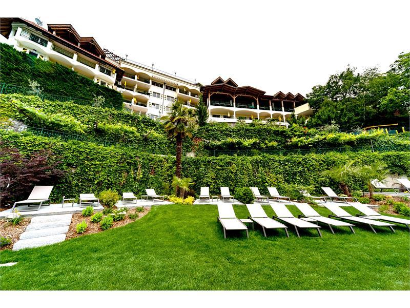 Garden & Relax