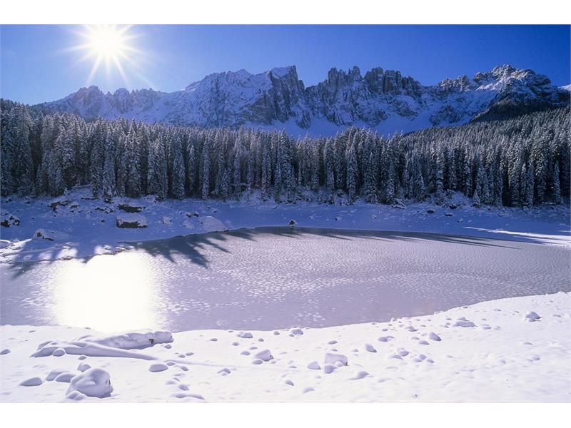 Lago di Carezza con Latemar