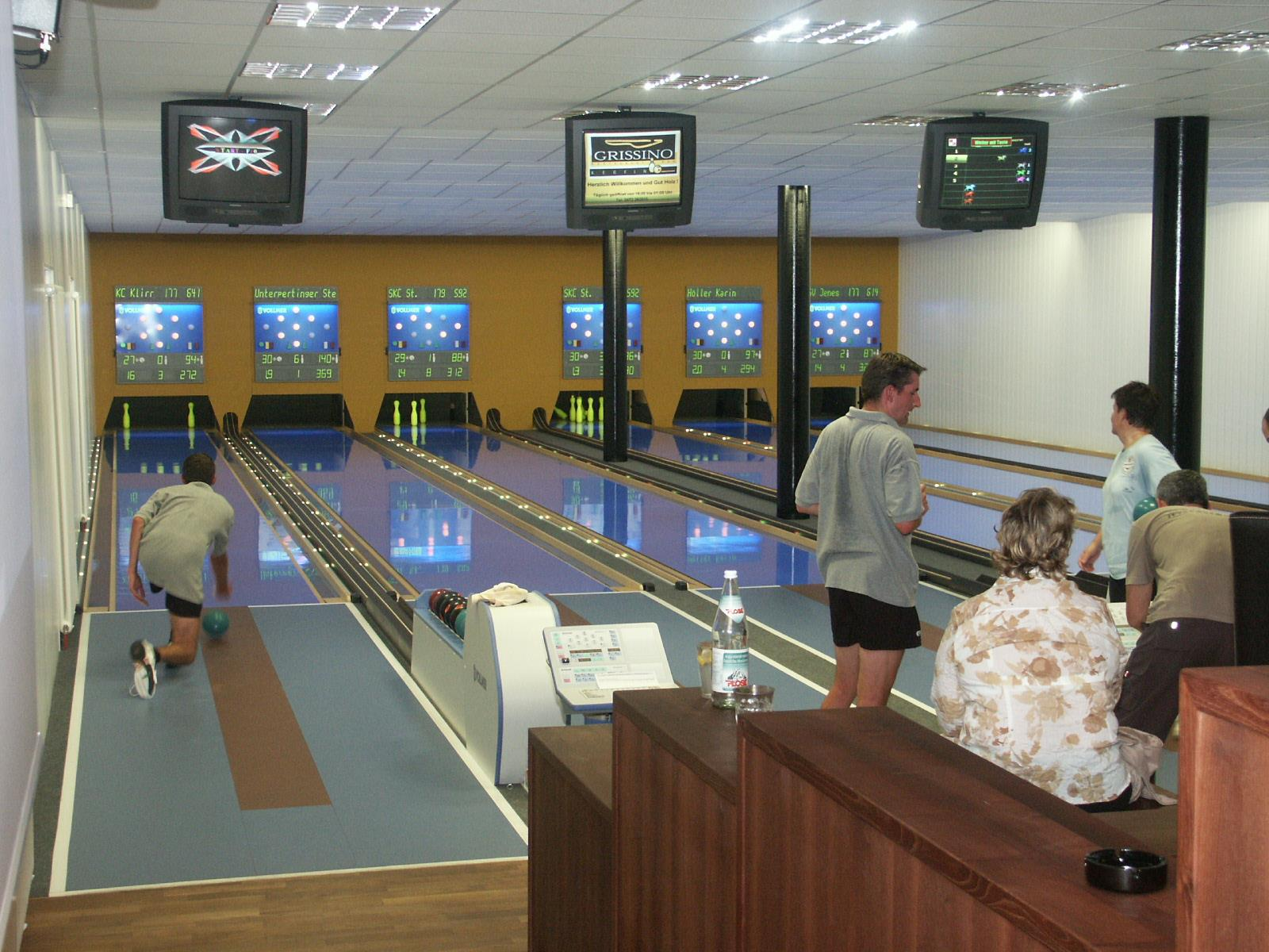 Bowling in the Acquarena of Bressanone/Brixen