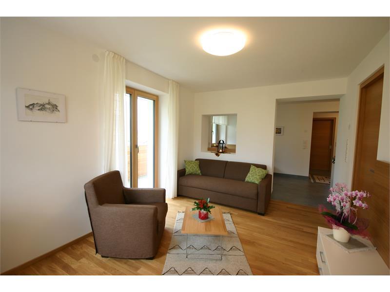 Apartments Schwarzlehen - Tschirland - Naturns - Wohnraum Kirchbach