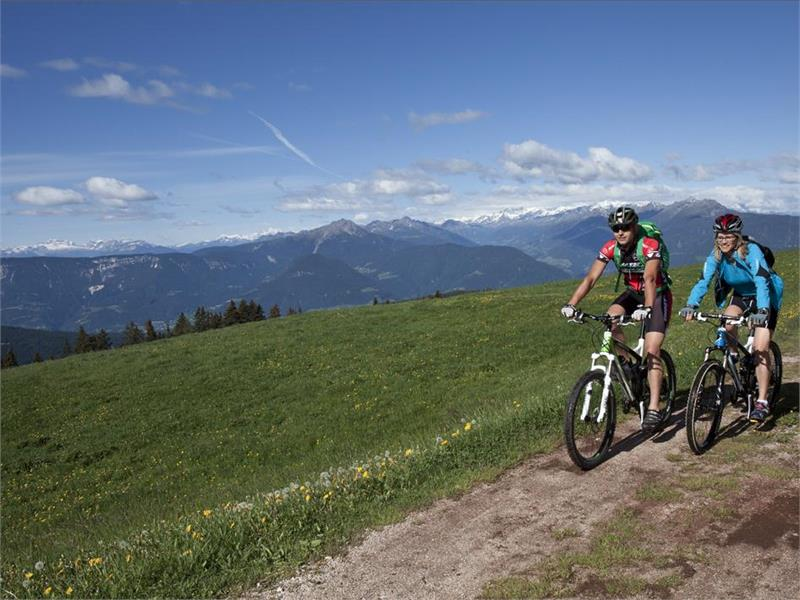 Mountainbike in Avelengo e Verano