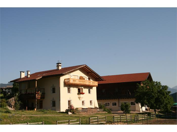 Home and barn, Trafunshof- Fié allo Sciliar