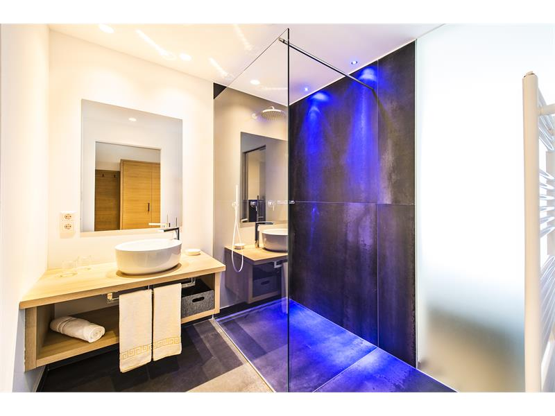 bath room Panorama Suite Deluxe PhotoGrünerThomas