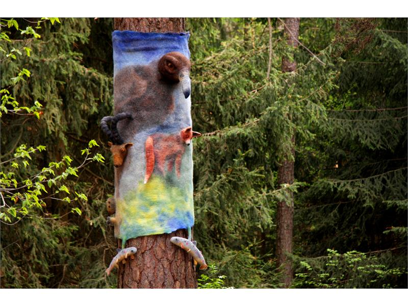 Einheit der Natur - Internationaler Filzkunstwanderweg in Tisens