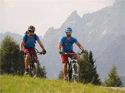 Dolomiti Mountain Sports