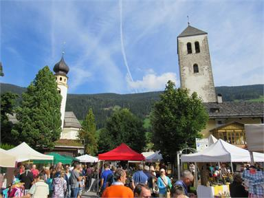 Golden³Dolomites HEUGABEL: farmers' and handscrafts' market